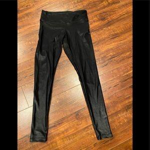 Koral cropped lustrous leggings- lowrise Blk SZ XS